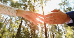 COVID-19 perturbe l'industrie du mariage au Texas pour les couples
