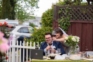 Comment se réunir avec des amis et de la famille lors de mariages et d'événements