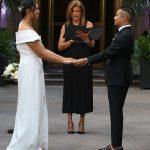 Hoda Kotb préside le mariage socialement distancié de deux infirmières de New York