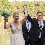 Le mariage à domicile d'un organisateur de mariage dans le nord du Michigan