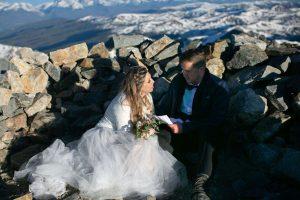 Un couple de Denver se marie le 14 novembre après l'annulation d'un mariage avec un coronavirus