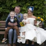 Bride and Zoom: Pourquoi nous sommes tombés amoureux de petits mariages