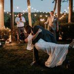 COVID-19 n'a pas tué les mariages. Mais cela peut les changer pour toujours.