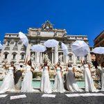 Coronavirus Italie: Des femmes protestent contre le report du mariage