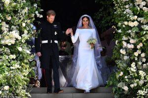 De l'opulence à l'obscurité: quelle différence une année fait pour les mariages royaux