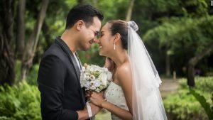Tout ce dont vous avez besoin pour organiser un beau mariage socialement éloigné