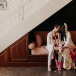 Cette mariée de Saint Laurent a mélangé le glamour du vieux Hollywood et les belles traditions indiennes à son mariage à L.A.