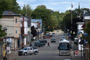 Comment un mariage intime dans le Maine rural a conduit à la plus grande épidémie de COVID de l'État, une catastrophe qui s'est étendue sur des centaines de kilomètres