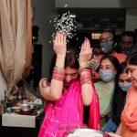 La pandémie amincit le grand mariage indien