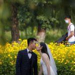 Les vendeurs de mariage affirment que les lieux ferment les yeux sur les précautions contre les coronavirus