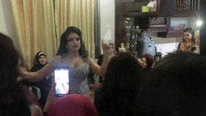 Au milieu d'une pandémie, les grandes cérémonies de mariage sont « notre problème le plus problématique » pour les Palestiniens