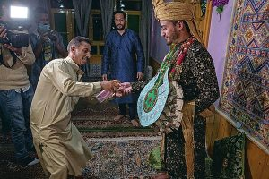 La pandémie atténue les mariages au Cachemire et les fêtes somptueuses