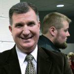 Événements de mariage de planification familiale du pasteur du Maine Defiant à travers l'État au milieu des épidémies de virus