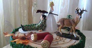 Quatre gâteaux de mariage qui ont fait honte en ligne – du glaçage échoue aux toppers classés X
