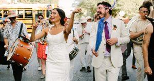 Comment un couple de Philly a organisé une parade et une réception de fête