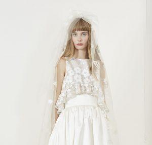Honorer les robes de mariée par saison