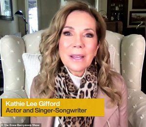 Kathie Lee Gifford parle des mariages dépouillés de ses DEUX enfants en lock-out