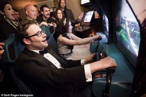 Seth Rogen bat sa femme Lauren aux jeux vidéo lors de leur mariage alors qu'il lui souhaite un joyeux anniversaire