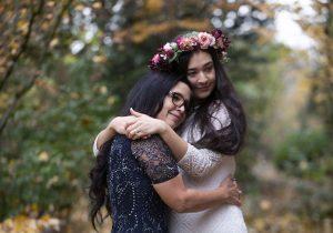 «Voici ce que nous avons»: une famille de travailleurs sociaux voit le mariage d'une fille se rétrécir – et leur amour grandit