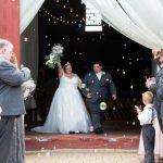 Après les annulations de COVID au printemps, les mariages sont de retour