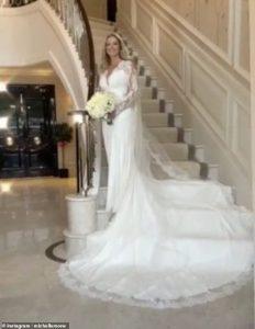Michelle Mone, 49 ans, épouse enfin le milliardaire Doug Barrowman, 55 ans, après avoir reporté le mariage à trois reprises