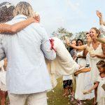 20 coiffures d'invité de mariage – coiffures d'invité de mariage