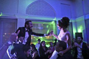 Dans le nouveau terrain de jeu de Dubaï, les Israéliens trouvent des fêtes, des rites juifs