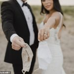 Le photographe de mariage obtient un COVID après que le marié ait été testé positif le JOUR AVANT l'événement sans masque