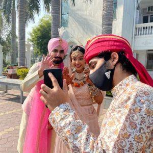 Les mariages indiens rétrécissent, ne perdent pas leur éclat