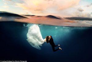 Les meilleures photos de mariage de 2020 présentent des lieux de cérémonie incroyables à travers le monde