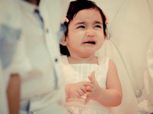 Reddit Groom dit que le mariage d'un enfant en bas âge en pleurs a été détruit
