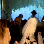 Un mariage surdimensionné à Chicago divise les juifs orthodoxes et déjoue les traceurs de contact