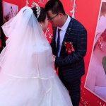 """Coronavirus Chine: le marié pleure alors que """" PERSONNE ne se présente """" à son mariage en raison des restrictions COVID-19"""