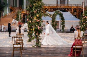 Virginie Viard a organisé une fête de mariage pour le défilé de couture printemps de Chanel – WWD