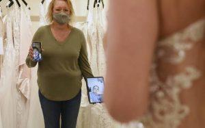 Comment acheter une robe de mariée pendant une pandémie