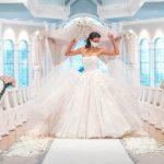 Les mariages et les lunes de miel de contes de fées de Disney célèbrent 30 ans de bonheur pour toujours