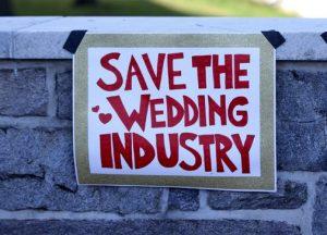 Les organisateurs de mariages et les centres de remise en forme poussent à assouplir les restrictions du COVID-19