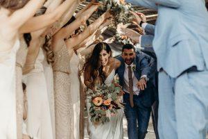 Tying the Knot enchevêtrent les couples américains dans le grand commerce des mariages   Voix de l'Amérique