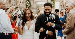 Un mariage éthéré à Sainte-Lucie avec beaucoup de musique Soca