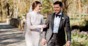 Ce couple est allé à fond pour leur mariage «Montana-Meets-Gatsby-Meets-Versailles» à la maison