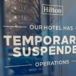 La fermeture de l'hôtel laisse la réception de mariage dans les limbes