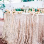 Cinq conseils approuvés par des experts pour décorer avec goût votre mariage avec des paillettes ou des étincelles