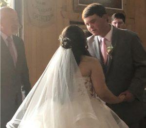La saison des mariages est en plein essor aux États-Unis