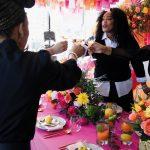 L'industrie du mariage se vend avec diversité. Alors pourquoi les opportunités professionnelles sont-elles blanchies à la chaux?