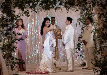 """Robe de mariée """" Pose """": la créatrice révèle comment elle a fait fleurir la robe"""